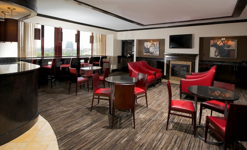 Executive Lounge: Crowne Plaza Atlanta Perimeter at Ravinia