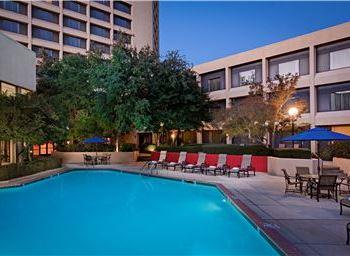 Dallas/Fort Worth Airport Marriott Under Remington Management