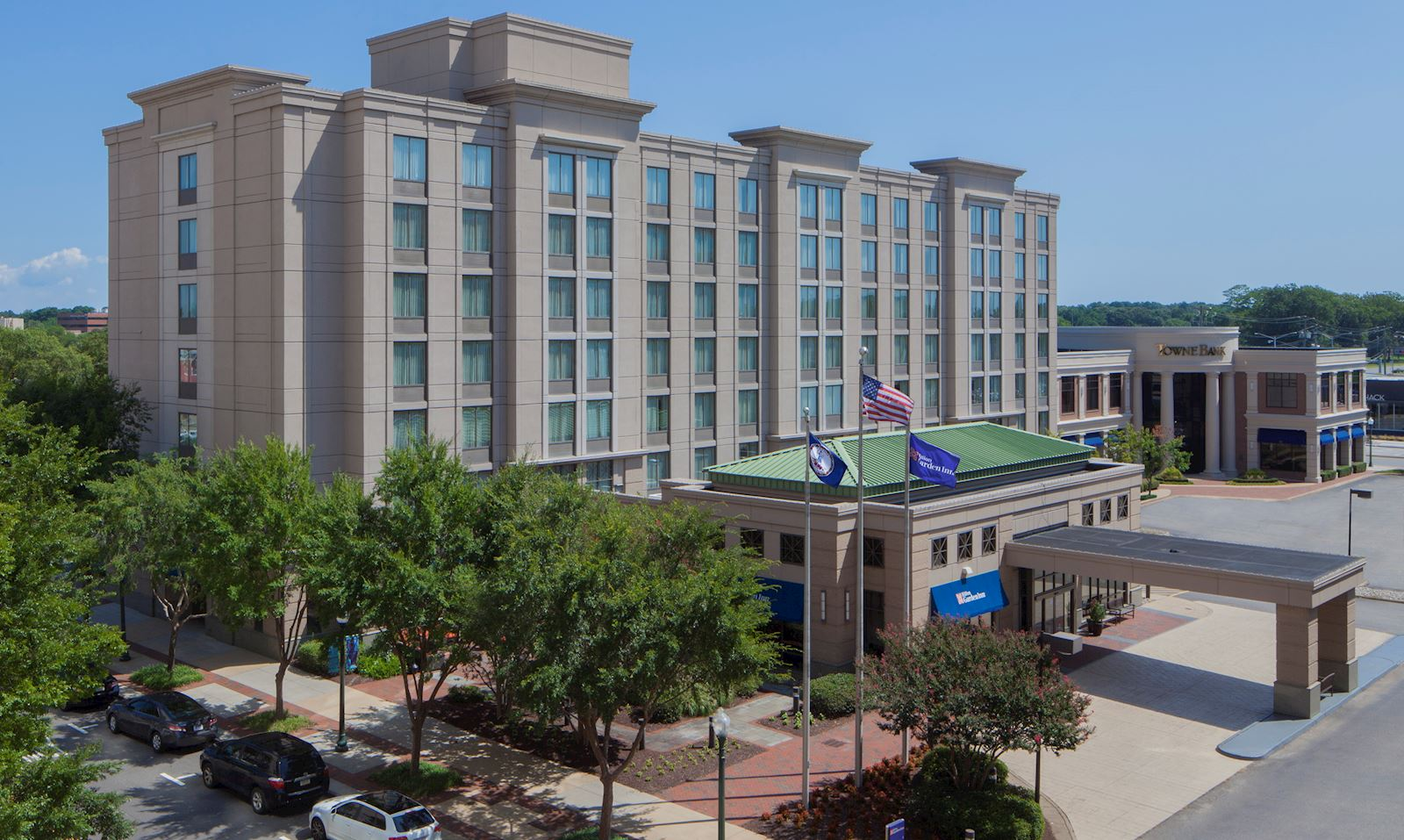 hilton garden inn virginia beach town center remington hotels - Hilton Garden Inn Virginia Beach Town Center